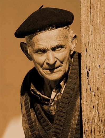 abuelo, tronco de la familia extendida